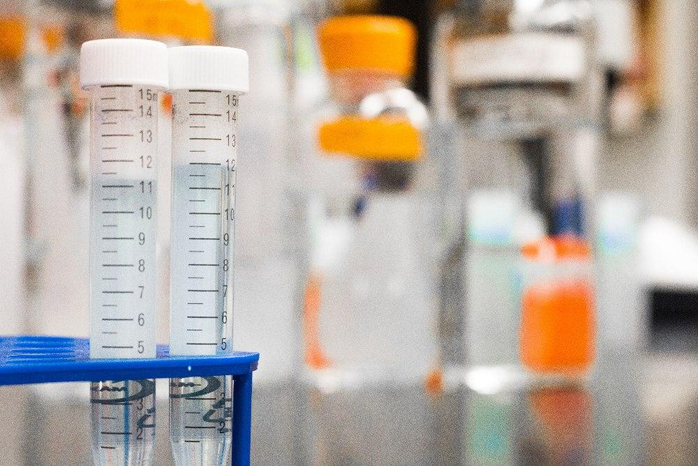 tuber på labb som kan medföra smittrisker